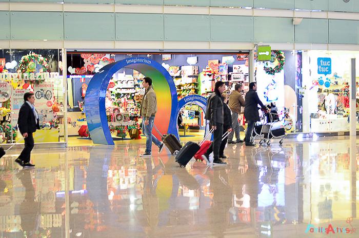 Viajar en familia_El aeropuerto de Barcelona_Familias Activas-13