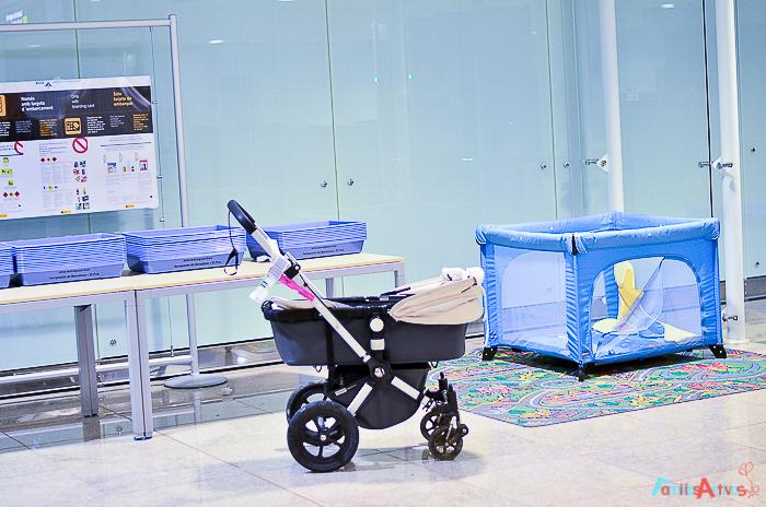 Viajar en familia_El aeropuerto de Barcelona_Familias Activas-34