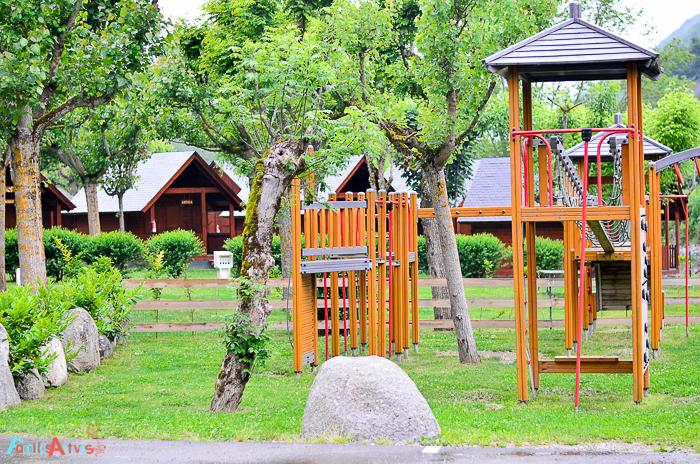 Camping-Verneda-Destino-turismo-familiar-val-daran-Familias-activas-12