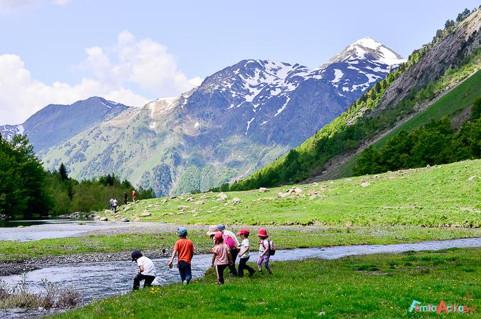 Camping-Verneda-Destino-turismo-familiar-val-daran-Familias-activas-37