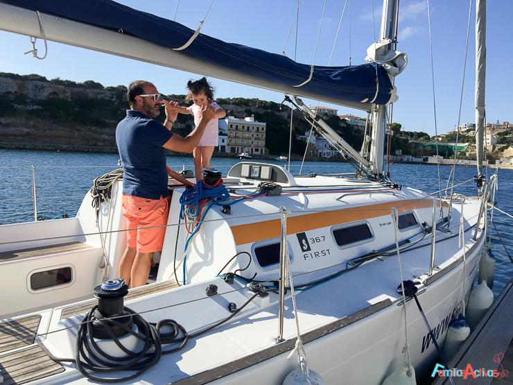 navegar-en-familia-con-titulacion-una-bonita-experiencia-4