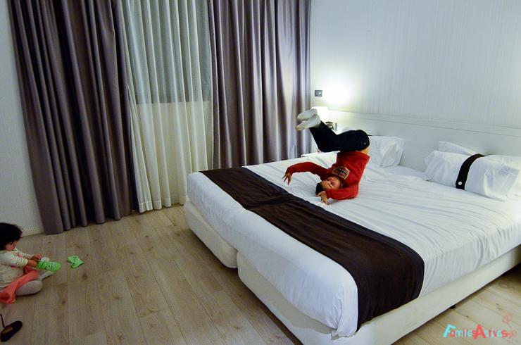 nuestra-experiencia-en-el-hotel-holiday-inn-de-bilbao-viajar-con-ninos-FamiliasActivas-5