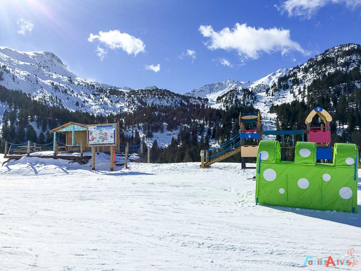 grandvalira-una-estacion-de-esqui-para-familias-activas-12
