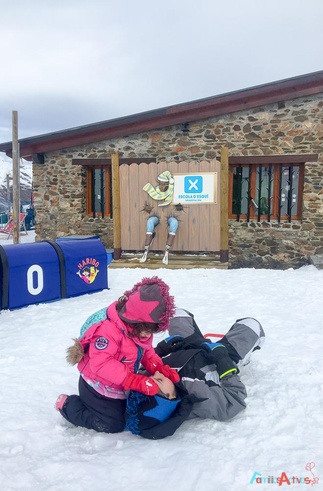 grandvalira-una-estacion-de-esqui-para-familias-activas-34