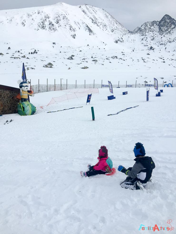 grandvalira-una-estacion-de-esqui-para-familias-activas-37