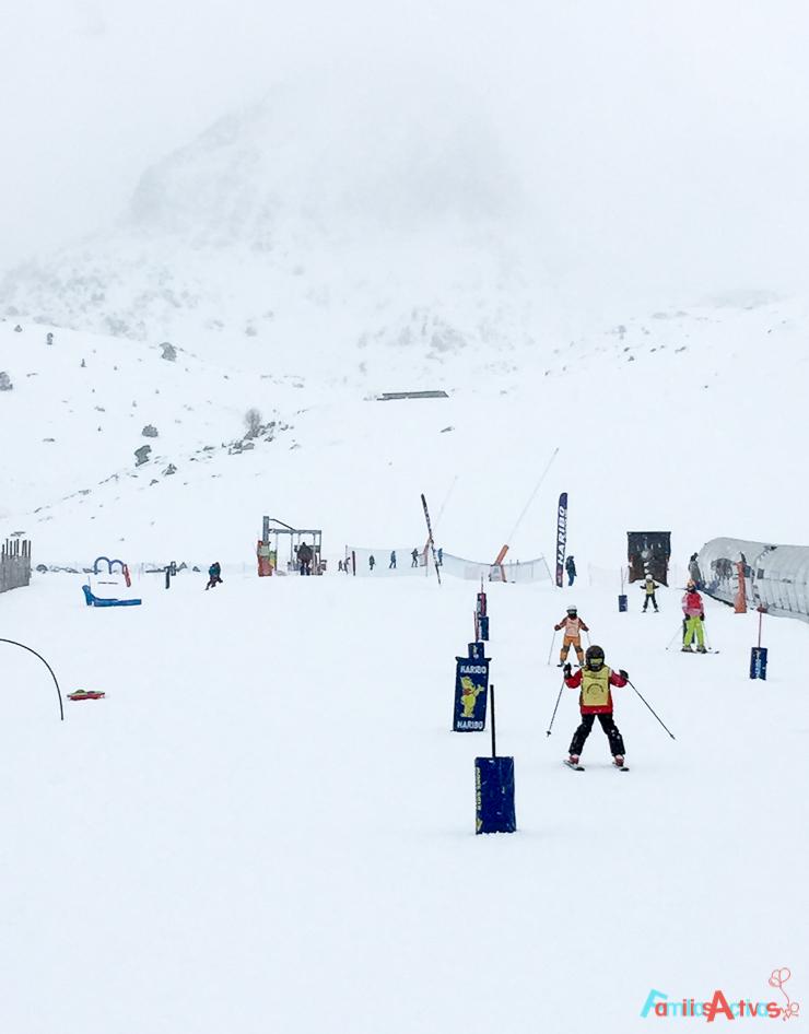grandvalira-una-estacion-de-esqui-para-familias-activas