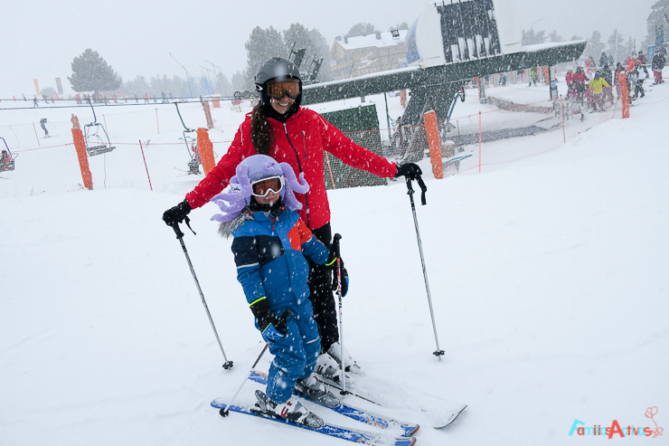 esquiar-en-la-molina-actividades-para-familias-clubelements-cursos-de-esqui-para-ninos-7