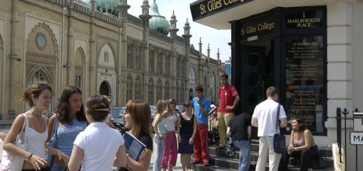cursos-de-idiomas-en-el-extranjero-para-los-ninos-y-adolescentes-familias-activas-english-summer-sa