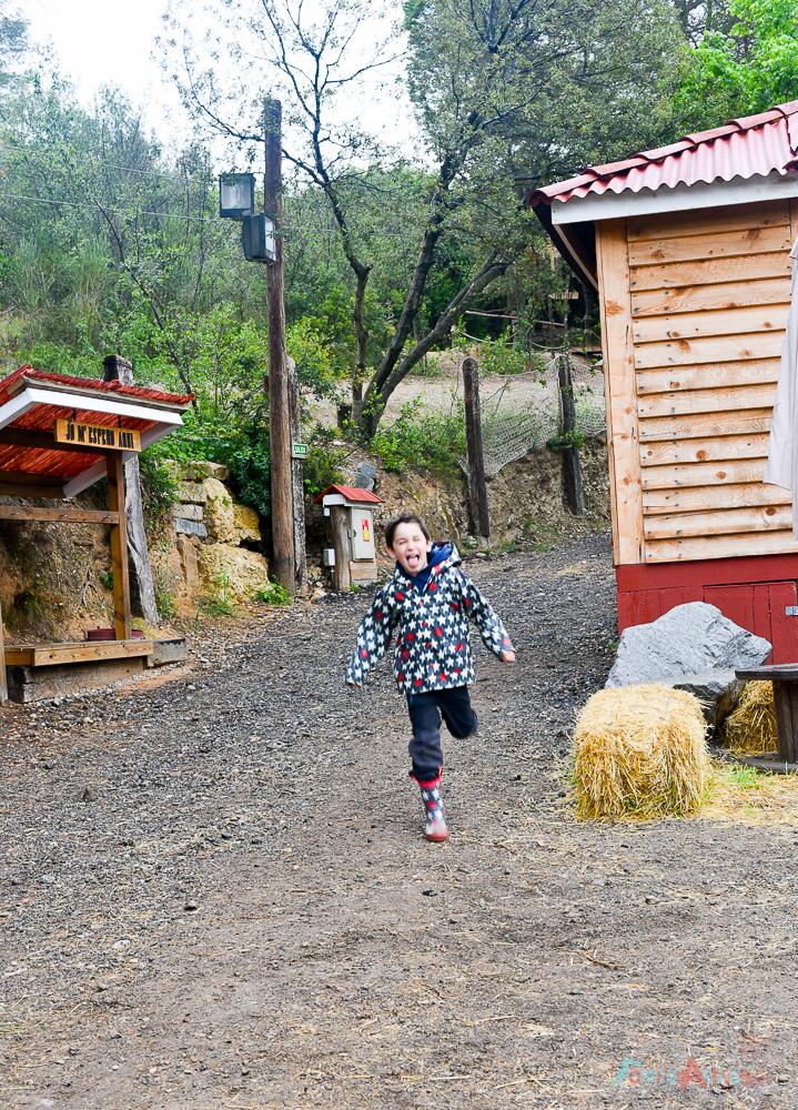 GranjaAventuraPark-granja-animales-planesconninos-salirenfamilia-FamiliasActivas-ociofamiliar-25
