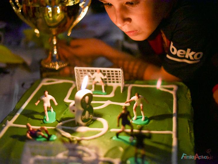 cumpleanos-infantil-en-el-campo-de-futbol-de-maddock-sport-con-party-fiesta-26