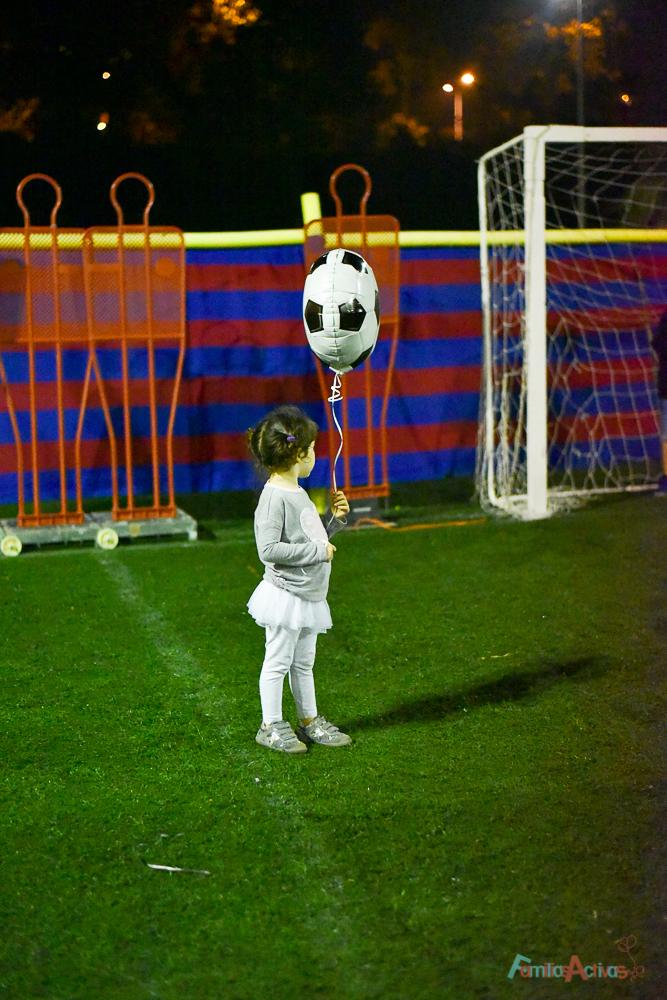 cumpleanos-infantil-en-el-campo-de-futbol-de-maddock-sport-con-party-fiesta-28
