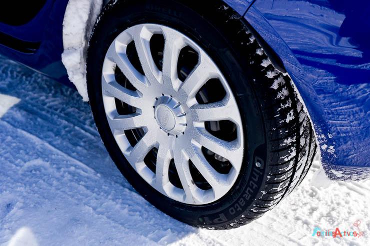 curso-de-conduccion-en-la-nieve-blogfamiliasactivas-18