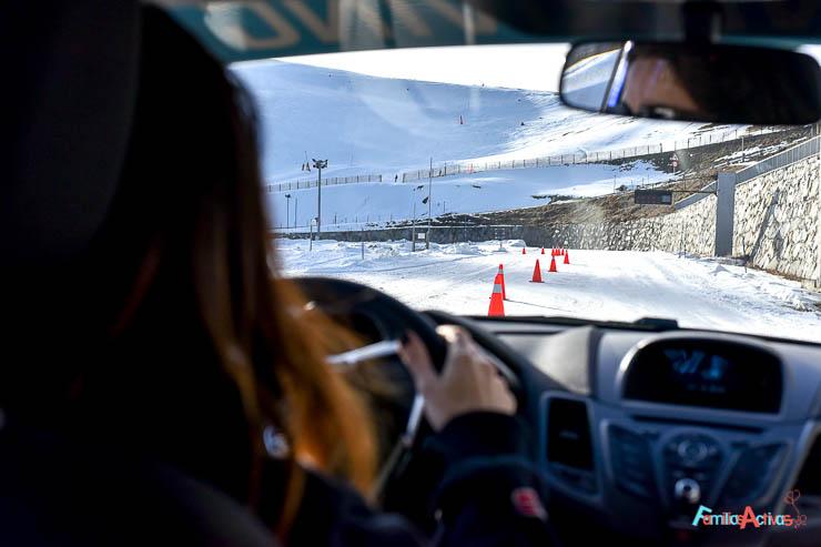 curso-de-conduccion-en-la-nieve-blogfamiliasactivas-24