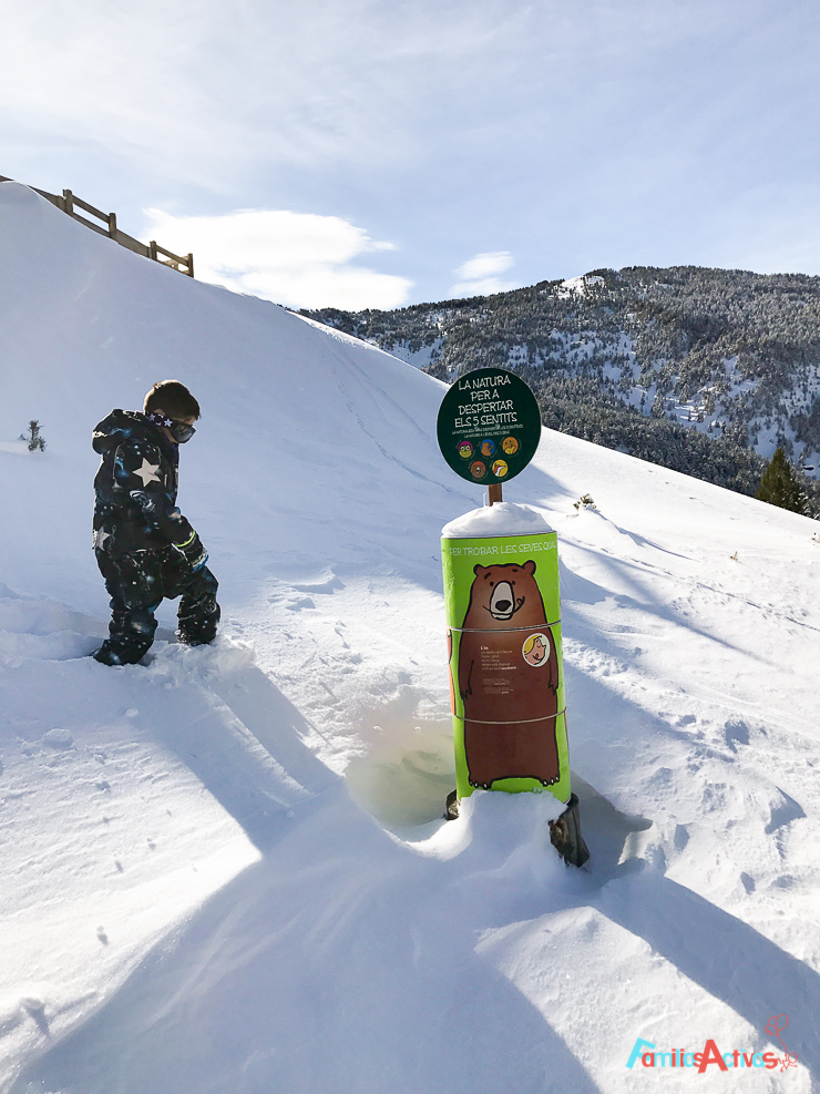 esquiar-con-ninos-programa-infanti-mont-magic-en-grandvalira-12