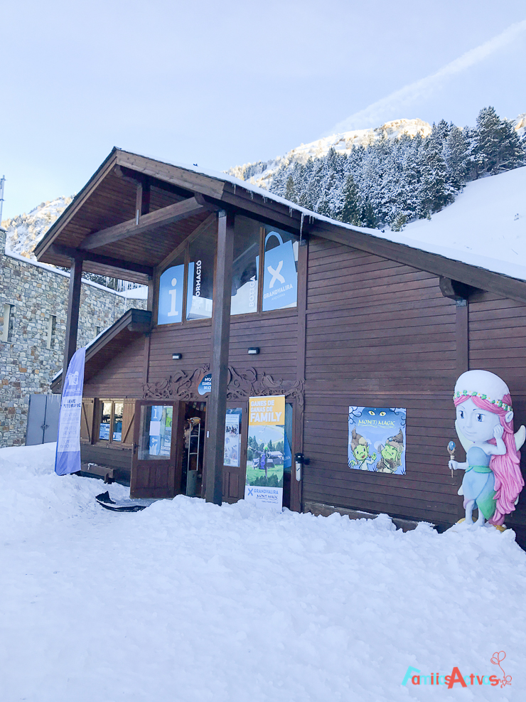 esquiar-con-ninos-programa-infanti-mont-magic-en-grandvalira-4
