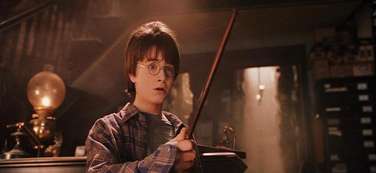 En una de las tiendas del callejón Diagon, Harry encontrará su varita.