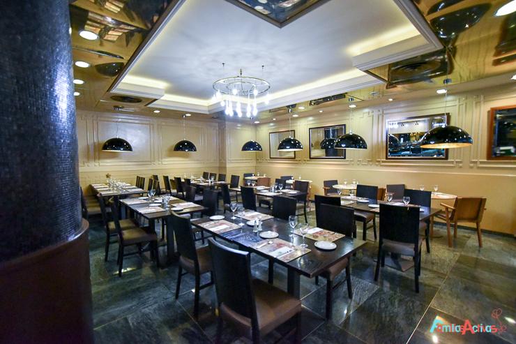 Hotel holiday inn andorra el m s familiar del principado for Hotel el familiar