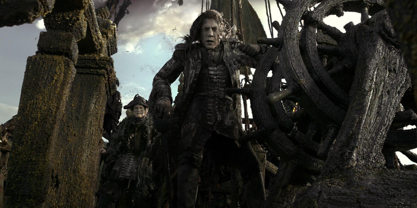 Javier Bardem interpreta al terrible villano Capitán Salazar.