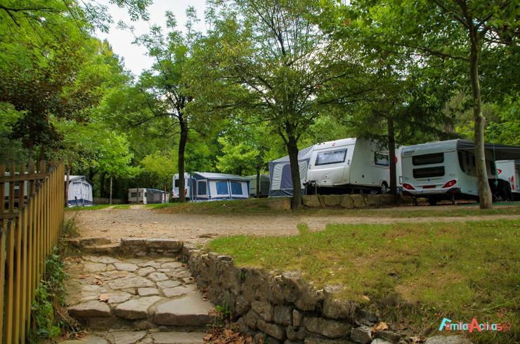 vivimos-la-naturaleza-en-familia-en-los-campings-de-montana