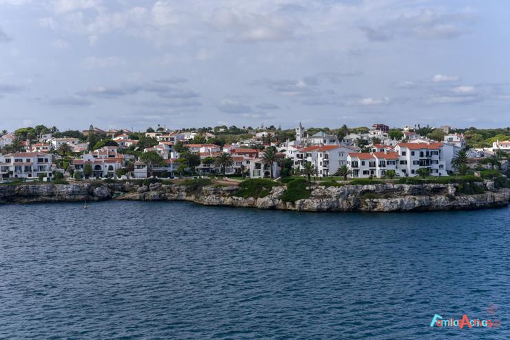 vacaciones-en-barco-de-trasmediterranea-viajarenfamilia-22