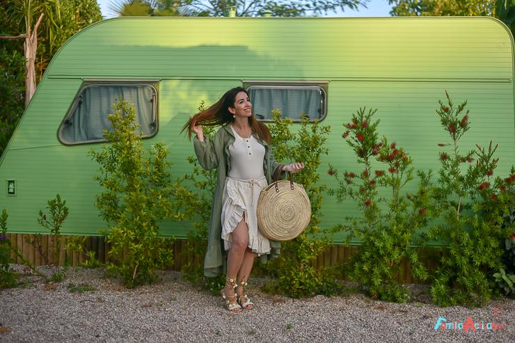 camping-miramar-caravanas-vintage-para-disfrutar-en-familia-17