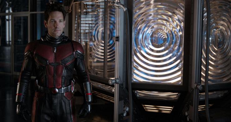 Paul Rudd de nuevo se enfunda el traje de Ant-Man en esta secuela.