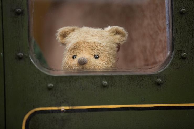 Winnie the Pooh y sus amigos cambian ligeramente de aspecto en esta aventura de acción real.