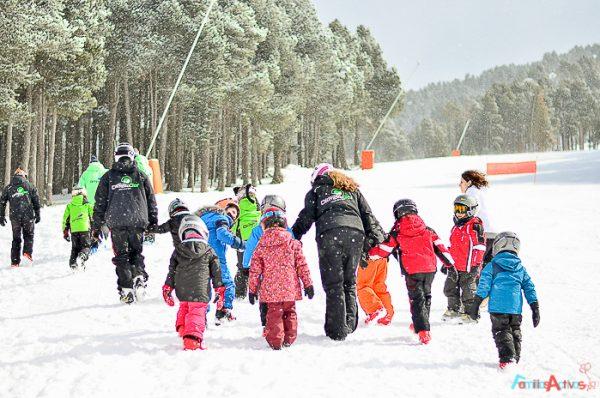Cursos de esquí para niños ¿A qué edad empezar? ¿Qué escuelas recomendamos?