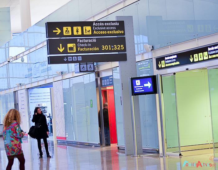 Viajar en familia_El aeropuerto de Barcelona_Familias Activas-33