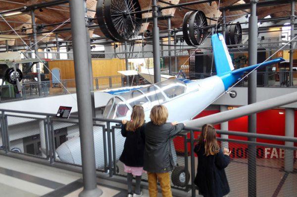 Visita teatralizada en el Museu de la Ciència i de la Tècnica de Catalunya ¡Viajamos al pasado!
