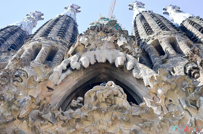 visita-guiada-y-taller-para-ninos-para-conocer-la-sagrada-familia-de-barcelona-13