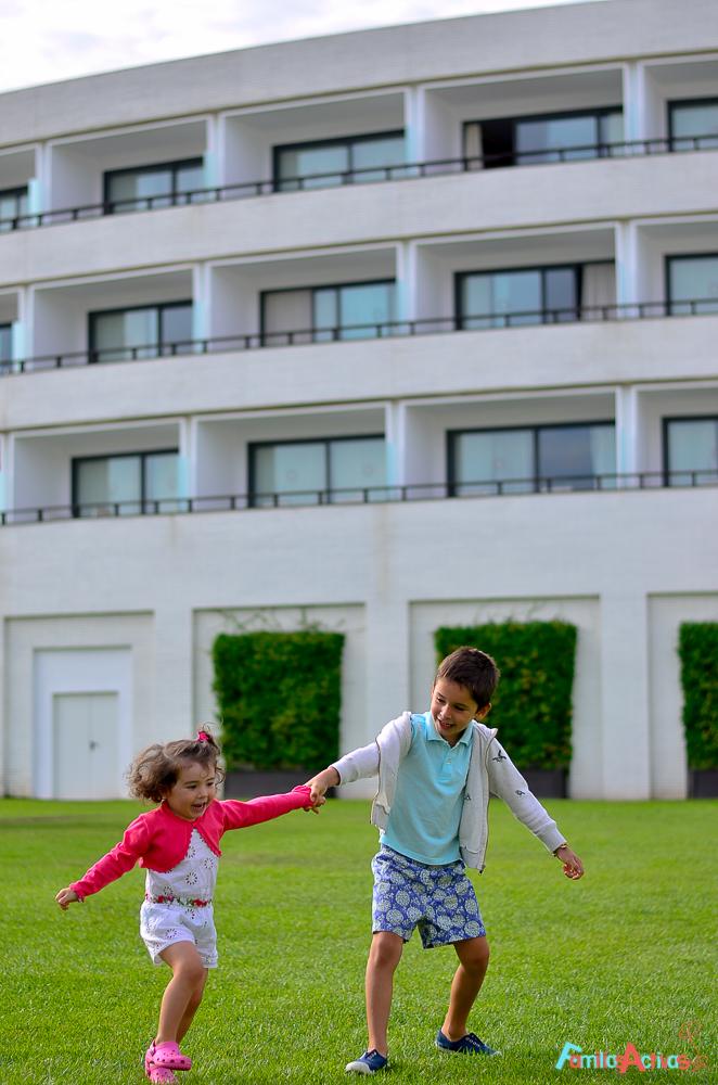 hotel-para-familias-cinco-estrellas-Dolce-Sitges-Familias-Activas-41