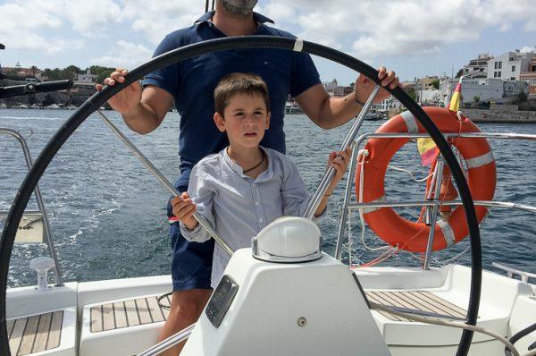 Navegar en familia con titulación, una bonita experiencia