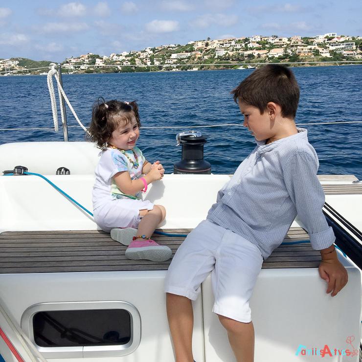 navegar-en-familia-con-titulacion-una-bonita-experiencia-21