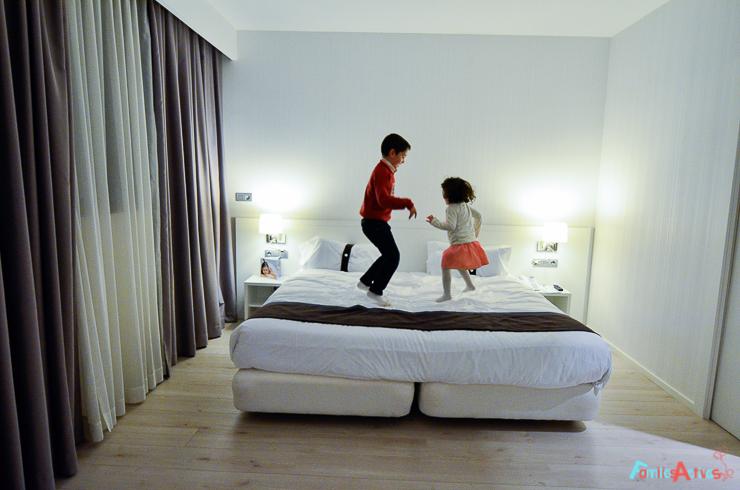 nuestra-experiencia-en-el-hotel-holiday-inn-de-bilbao-viajar-con-ninos-FamiliasActivas-6