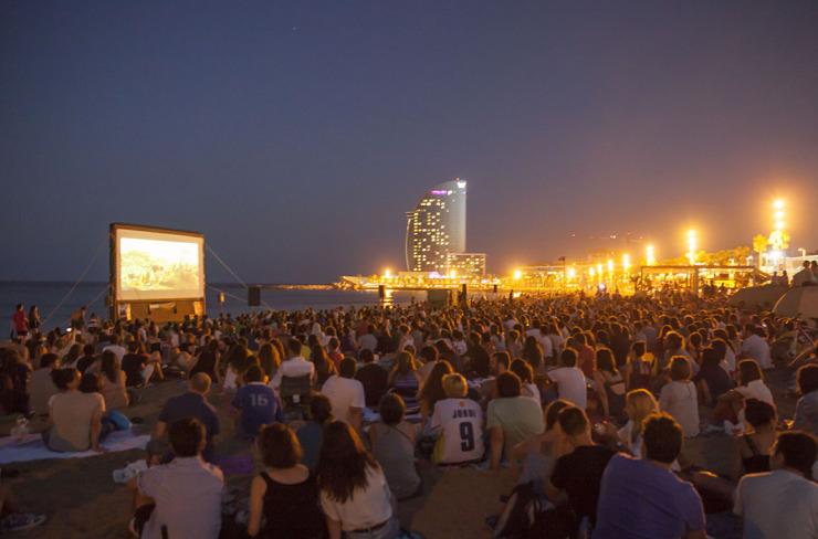 Cinema Lliure: Cine al aire libre en la playa.