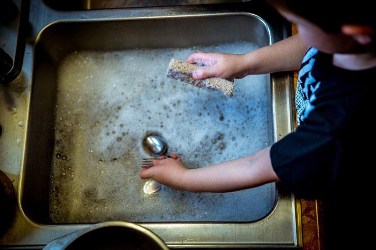 Beneficios de enseñar a los niños a cocinar