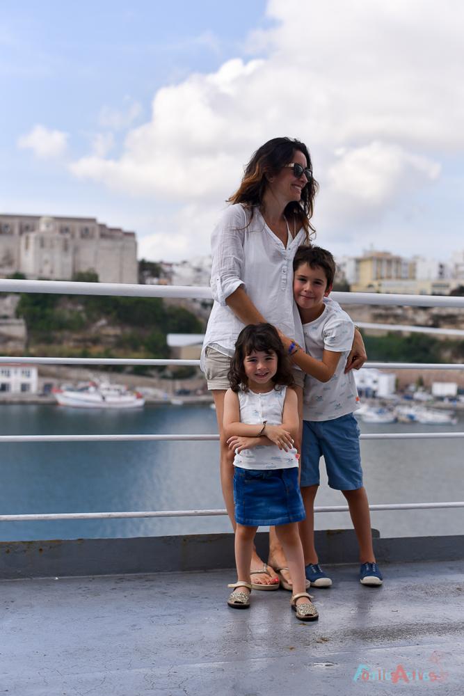 nuestra-experiencia-como-familia-viajera-en-trasmediterranea-blog-de-viajes-familias-activas-12