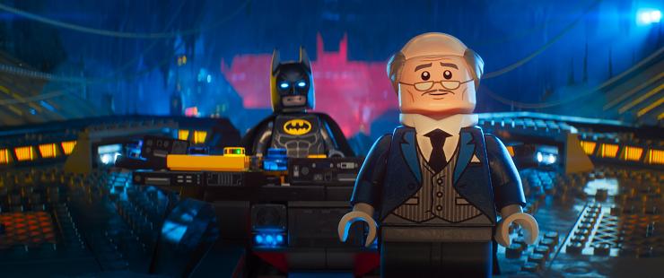 Alfred, el atento y fiel mayordomo de Batman