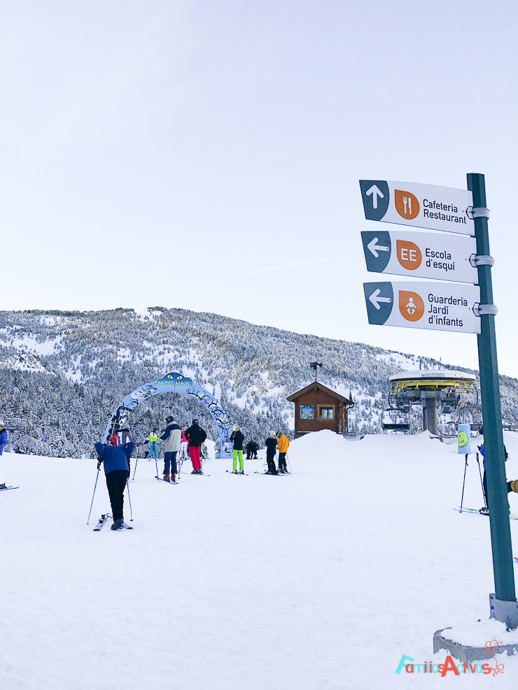 esquiar-con-ninos-programa-infanti-mont-magic-en-grandvalira-5