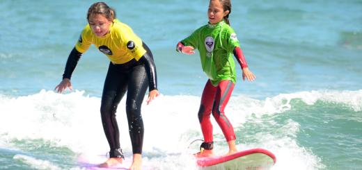 gana-un-curso-de-surf-para-dos-personas-en-la-escuela-cantabra-de-surf-25