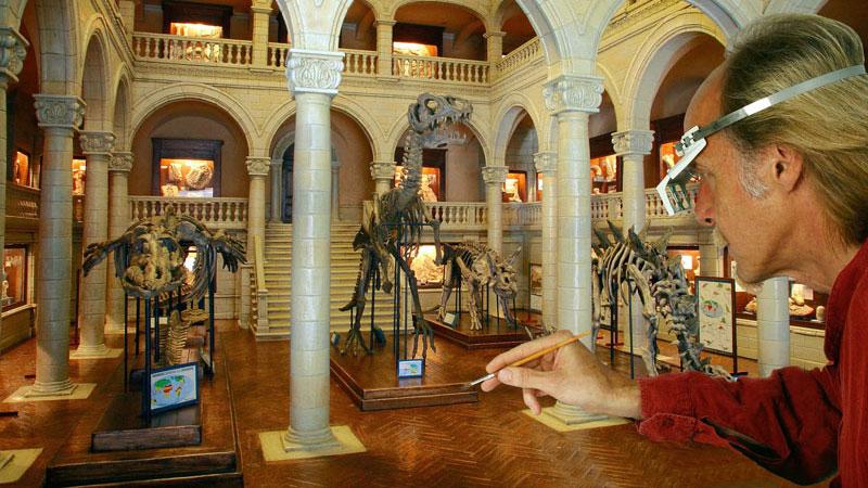 Auténticos decorados en miniatura se exhiben en este museo céntrico de Lyon