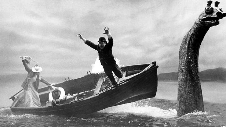 Nessie haciendo su aparición en la película de Billy Wilder.