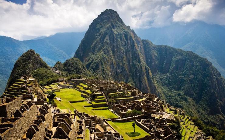 Machu Picchu en Perú es una de las grandezas arquitéctonicas del ser humano.