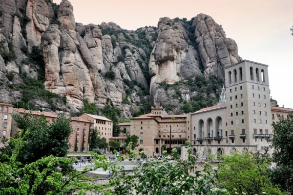 Excursión con niños a Montserrat en Cremallera