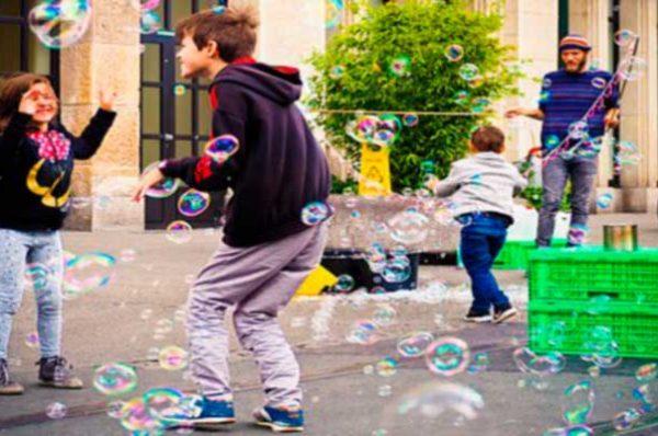 Actividades en familia: visita Granada durante el Festival de títeres
