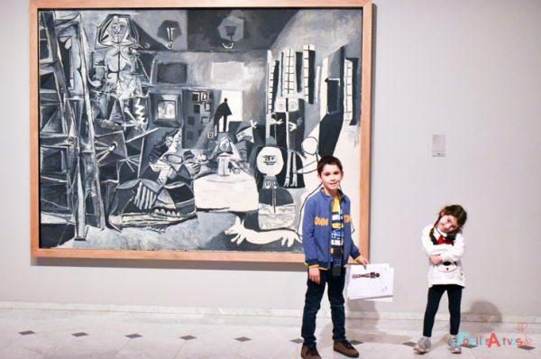 Descubrimos el Museu Picasso en familia y su colección de libros infantiles