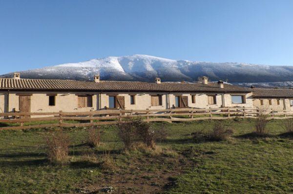 Escapadas a la naturaleza: Casa rural El Enebral