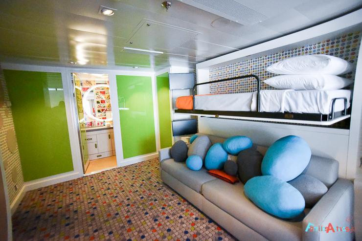 symphony-of-the-seas-royal-caribbean-cruceros-suite-familias-viajes-8