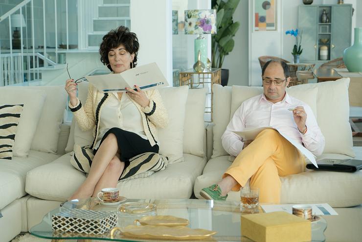 Actores como Isabel Ordaz o Jordi Sánchez son algunos de los muchos rostros conocidos que aparecen en el filme.